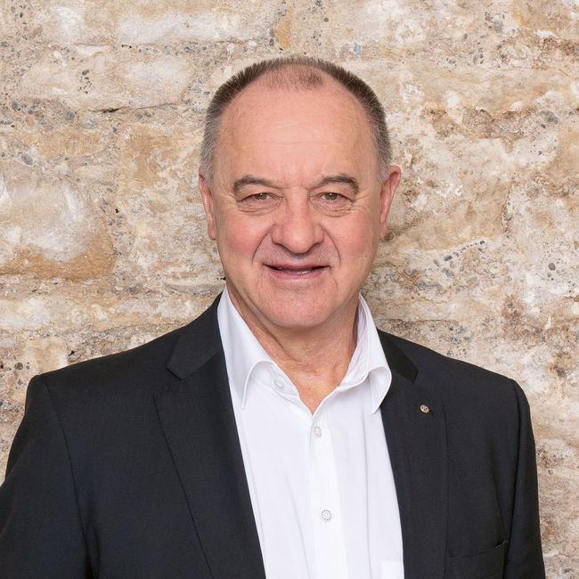 Wolfgang Borer